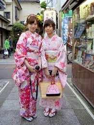 Bí ẩn đằng sau chiếc áo Kimono phụ nữ Nhật - Bình Luận - Việt Báo ...