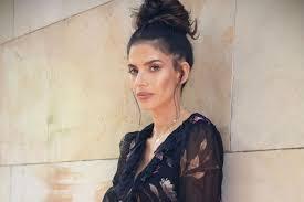 Weronika Rosati w pięknej koronkowej sukience. Wygląda zniewalająco! | Moda  i Trendy