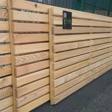 Siberian Larch Slatted Fence Panels Slatted Screen Fencing