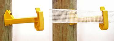 Ypt25wpx Wood Post Extender Insulator For Poly Tape Red Snap R Electric Fencing Systems