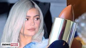 kylie jenner awkwardly posted deleted