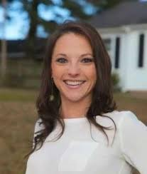 Polly Anderson Ball - National Land Real Estate Agent Licensed in MS