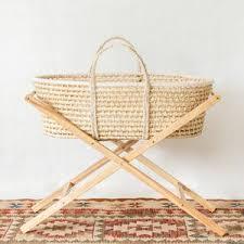 Kiin Baby: Moses Basket Stand – Tiny Folk Co.