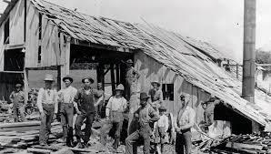 Frank Churchill saw mill at Rock Elm, 1900, L-R Martin Heyggen, __Kinsman  saw, Allie Weeks,_,_,_,Frank Churchill, Dave Burgass (800×550) – Pierce  County Historical Association