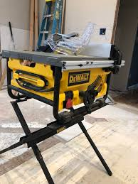 Dewalt Compact Job Site Table Saw Review The Tool Pig