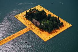 Power of the aesthetic': Christo and Jeanne-Claude's Floating ...