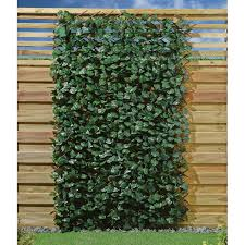 Expanding Ivy Fence With Led Lights