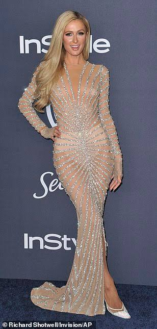 """Resultado de imagem para Paris Hilton golden globes 2020"""""""