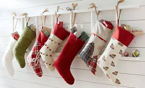 how to hang stockings without nails