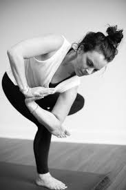 jamie castaño river flow yoga and