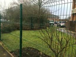 60mtrs 20 Panels 20 Posts 2 0m High V Mesh Fencing Ppc Green Or Ppc Black Ebay