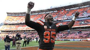 It's official! Myles Garrett signs 5-year extension with Browns