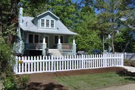 Picket Fences In Northern Virginia Hercules Fence Newport News
