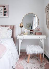 mirror ideas for bedroom wall decor