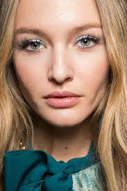 pretty pastel makeup looks for spring