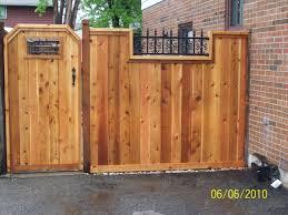 Single Board Fence