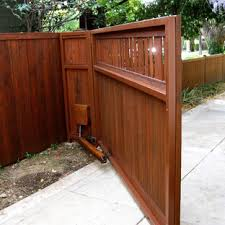 Wooden Craftsman Driveway Gate Houzz