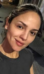 eiza gonzalez goes makeup free see photo