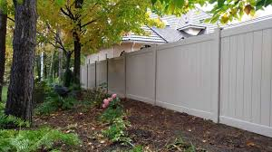 Residential Vinyl Fencing For A Cost Effective And Hassle Free Fence Johnston Fence Contracting