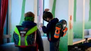 Scuola | la Campania verso il rinvio | si apre il 24 settembre dopo le  elezioni
