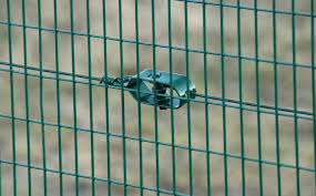 Green Wire Tensioner Essential To Your Fence Buy Online On Fenceshop Eu