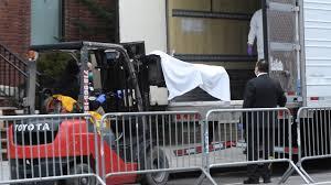 En Nueva York contrataron camiones refrigerantes para guardar ...