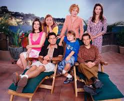 Two e Half Men Melanie Lynskey As Rose Conchata Ferrell As Berta Charlie  Sheen As Charlie Harper Holland Taylor As Evelyn Harper Angus Jones As Jake  Harper Jon Cryer As Alan Harper