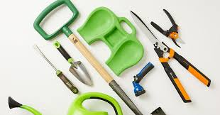 garden tools you need to start a garden