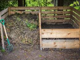 How To Make A Compost Bin With Wire Fencing