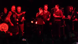 Modena City Ramblers - Bella ciao (Live) - YouTube