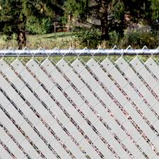 Yardgard 4 Ft H X 250 Ft W White Economy Vinyl Fence Panel Weave 330250wwh The Home Depot