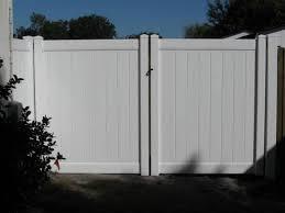 Carrollwood Vinyl Fences