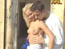 junge blondine last sich ficken