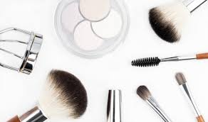 create a flawless natural makeup look