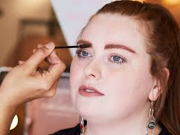 how to match eyebrows to red hair