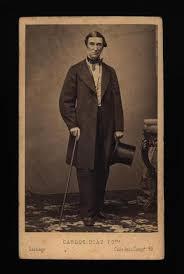Jorge Smith, retrato de cuerpo entero] [fotografía] Carlos Díaz, Fotografía  Santiago - Biblioteca Nacional Digital de Chile