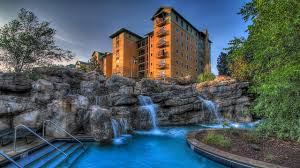 pigeon forge unique places to stay
