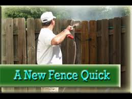 Power Washing A Fence Pressure Washing Makes An Old Fence Look New Youtube
