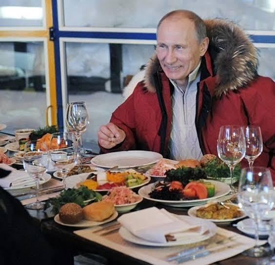 Dari Singkong Rebus Hingga Keju Swiss, Berikut Menu Sarapan Presiden Dunia