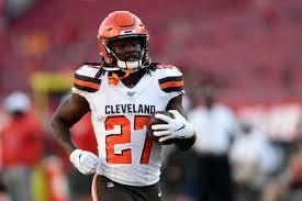 Browns : le coureur Kareem Hunt prolonge pour deux ans | Touchdown Actu  (NFL Actu) - News, analyses et résultats de la NFL