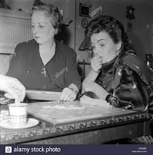 Actress Jean Simmons Right High Resolution Stock Photography and Images -  Alamy