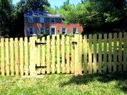 Dog Ear Picket Fence Picket Fence Design Ideas Low Level Fence Limited Privacy Fence Family Fence Fences For Child Fence Design Wood Picket Fence Picket Fence