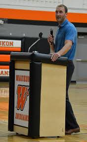 Former Hawkeye and NBA player delivers pre-season message at WHS ...   The  Standard Newspaper