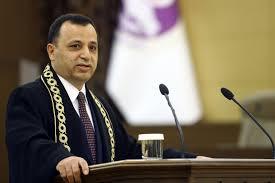 Anayasa Mahkemesi Başkanı Arslan, adil yargılama hakkı ihlallerine dikkat  çekti - Evrensel