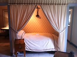 Fichier:Chambre à coucher Balzac Saché.jpg — Wikipédia
