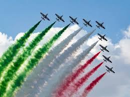 Domani arrivano le Frecce Tricolori a Genova, ecco l'orario dello ...