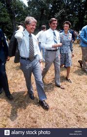 President Jimmy Carter and Vice President Walter Mondale walk from Stock  Photo - Alamy