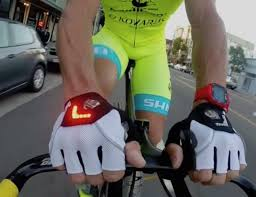 Zackees Turn Signal Bike Gloves Review (2019 Update)