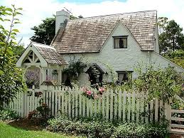 For Sale A House Built To Look Like An Old English Cottage Hooked On Houses