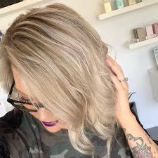 Krotkie Fryzury Blond 50 Zdjec Z Grzywka Pasemkami I Inne